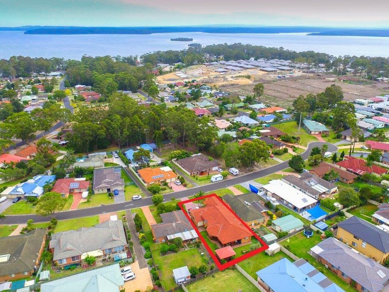 6 Durnford Place, St Georges Basin, NSW 2540