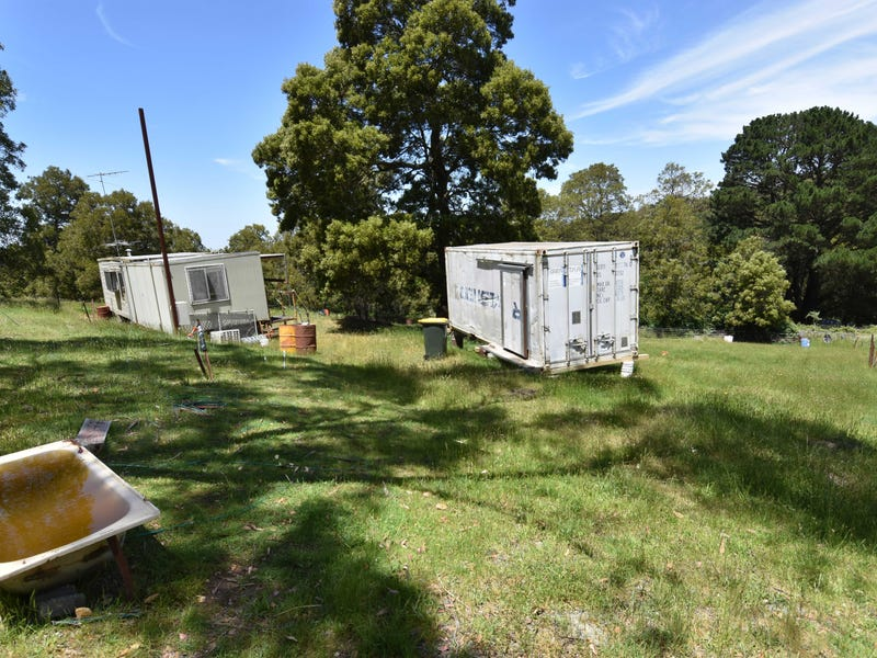 35 All Nations Gully Road (End of Watertank Rd), Mount Egerton, Vic 3352