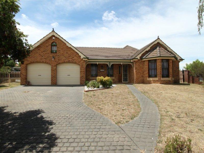 18 Darcy Place, Bathurst, NSW 2795
