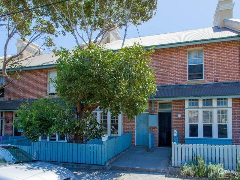 42 Nobbys Road, Newcastle East, NSW 2300