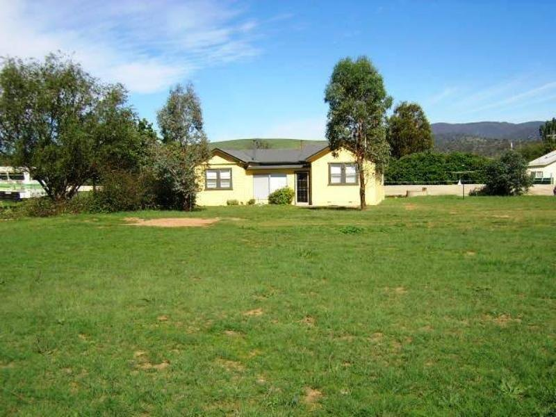 37 Monaro Hwy, Bredbo, NSW 2626