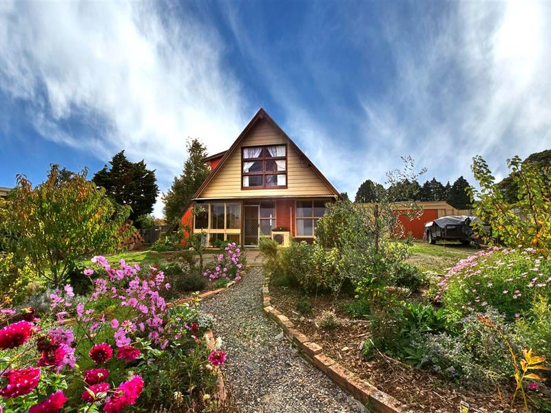 27 Main Street, Sheffield, Tas 7306