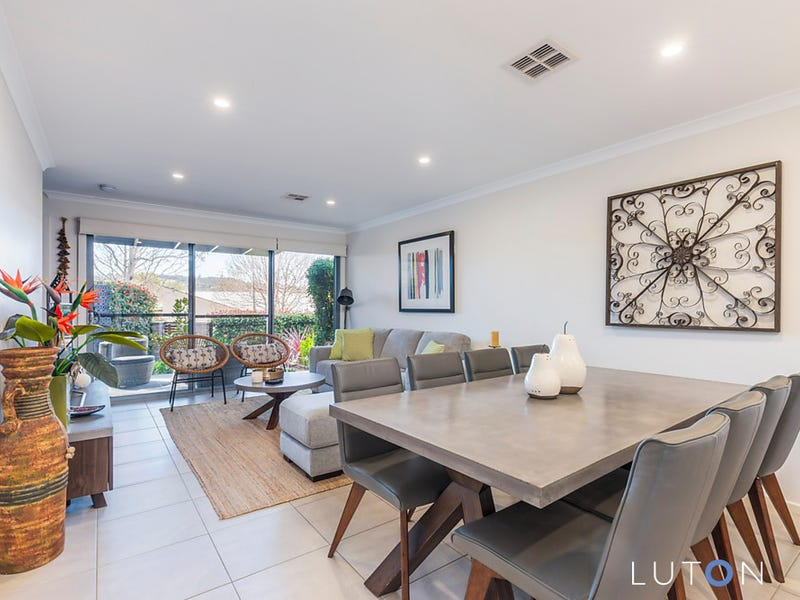 2/48 Pearson Street, Holder, ACT 2611