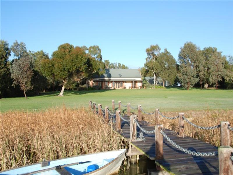 2428 Narrung Road, Meningie, SA 5264