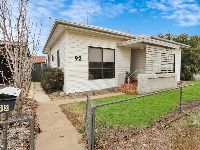 92 Parkes Street, Temora, NSW 2666