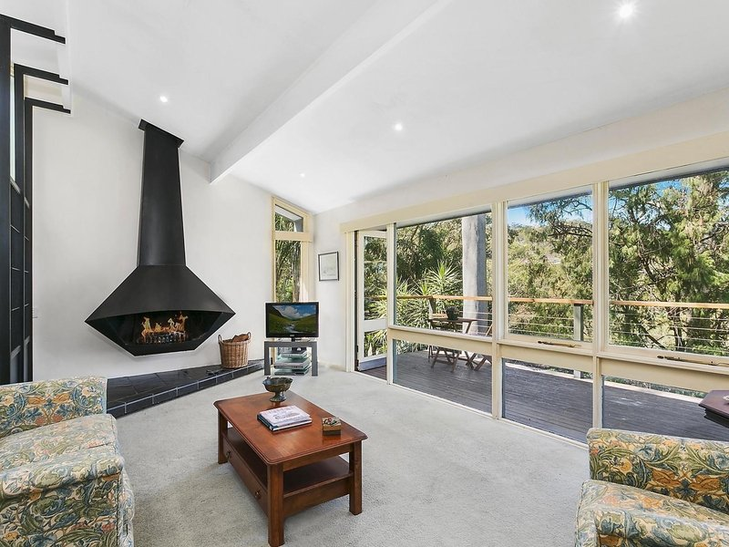 6 Georgia Lee Place, Clareville, NSW 2107