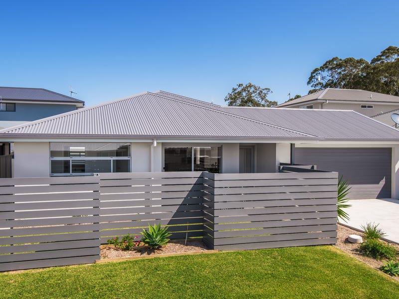 4 Clipstone Close, Port Macquarie, NSW 2444