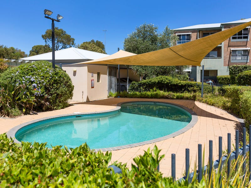 30/15 Friar John Way, Coolbellup