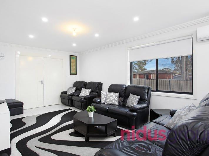 2 Riddell Crescent, Blackett, NSW 2770