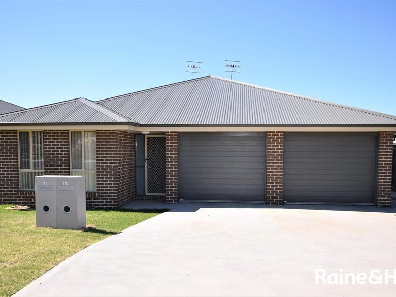 11 Hastings Parade, Sussex Inlet, NSW 2540