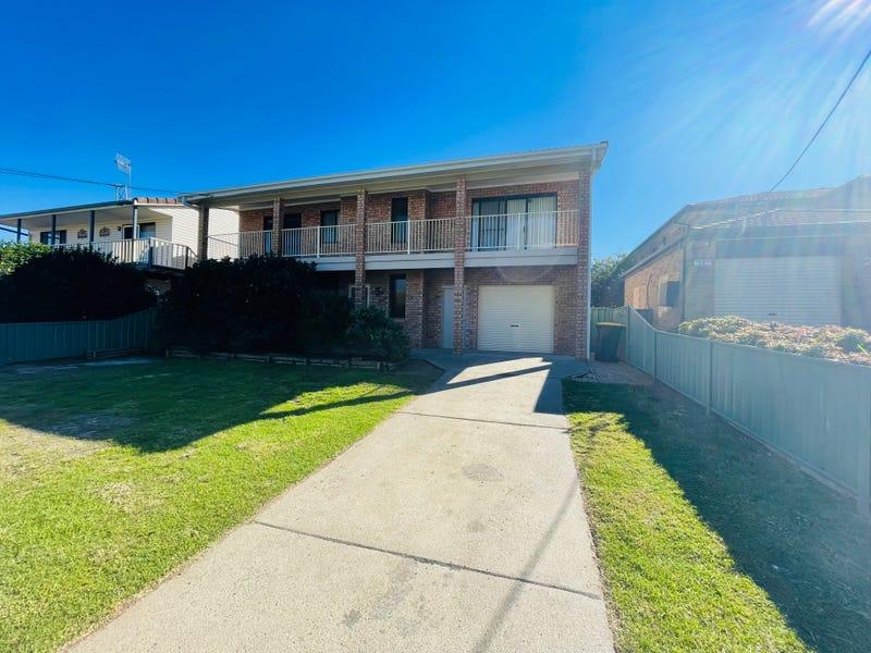 18 Lennox Road, Callala Beach, NSW 2540