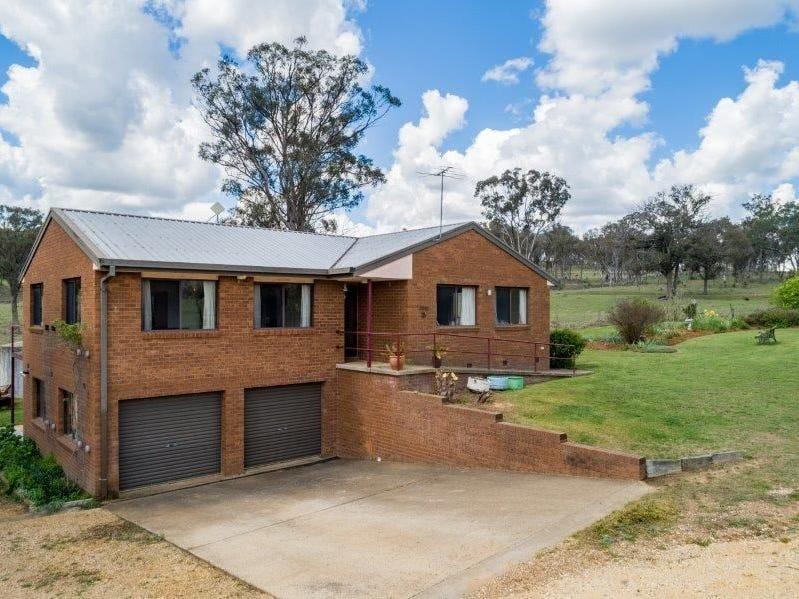 70 Edward Drive, Armidale, NSW 2350