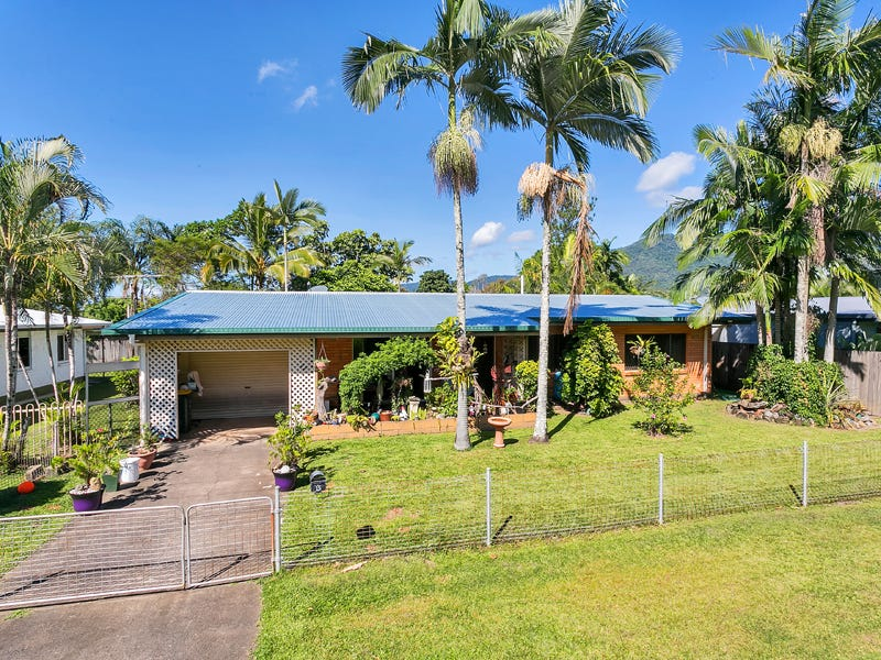 15 Purbeck Place, Edge Hill, Qld 4870