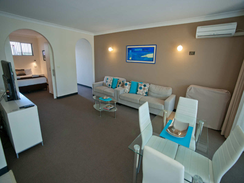 4/36 Sandy Beach Rd, Korora, NSW 2450