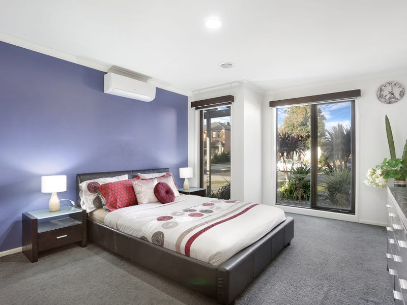 22 Stately  Drive, Cranbourne East, Vic 3977