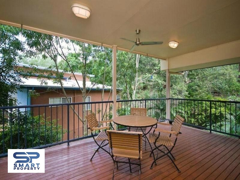 12 Aaron Place, Indooroopilly, Qld 4068
