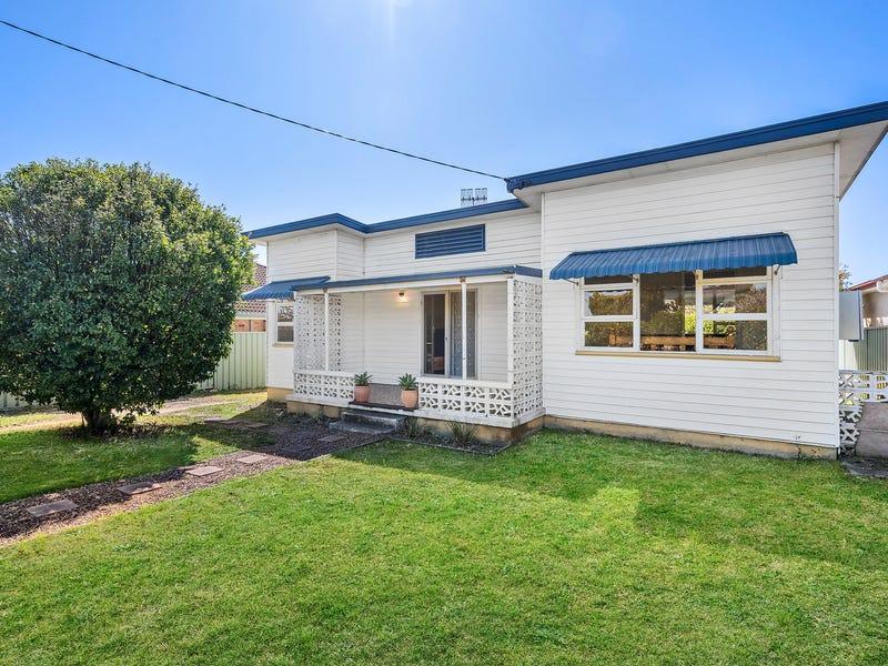 52 Hammond Road, Toukley, NSW 2263
