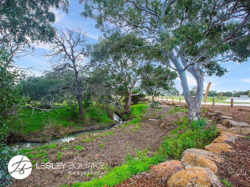 157 Coastside Drive, Armstrong Creek, Vic 3217