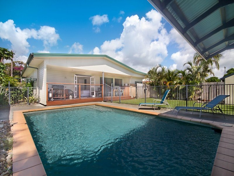 13 Cooloon Crescent, Tweed Heads South, NSW 2486