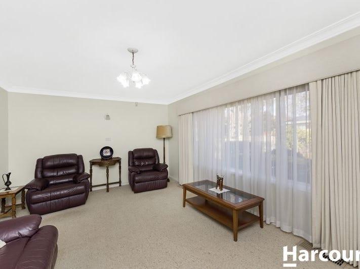 8 Hannaford Street, Page, ACT 2614