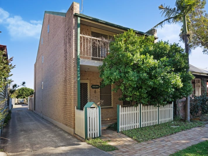 8 Cameron Street, Hamilton, NSW 2303