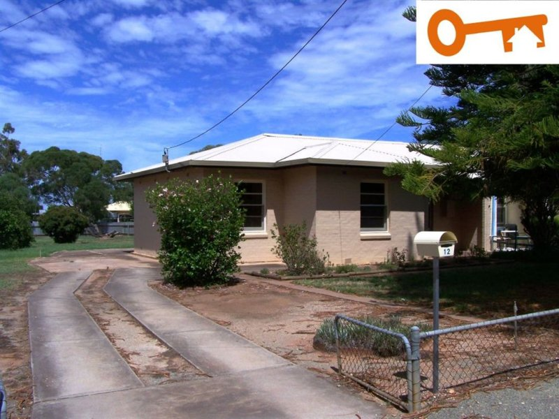 12 Giles Street, Crystal Brook, SA 5523