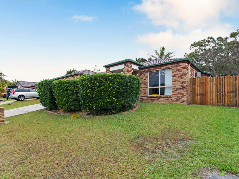 157 Bestmann Road East, Sandstone Point, Qld 4511