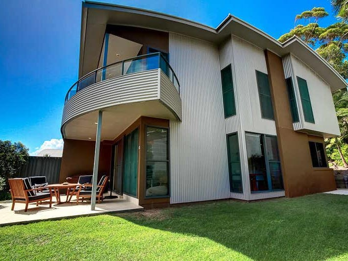 8/11  Red Gum Rd, Boomerang Beach, NSW 2428