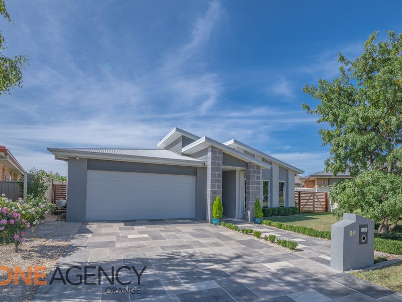 64 Carwoola Drive, Orange, NSW 2800