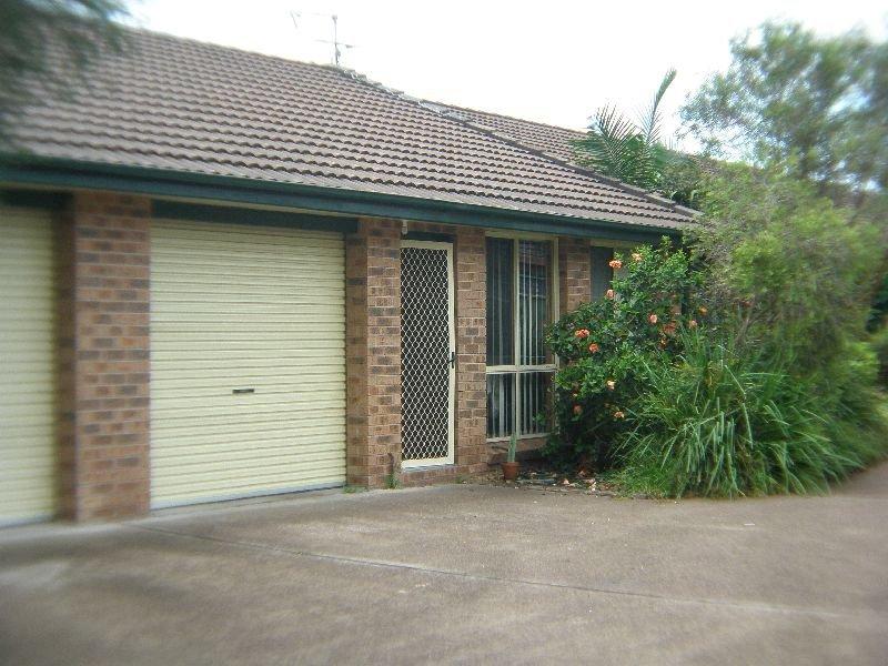 2/85a Benjamin Lee Drive, Raymond Terrace, NSW 2324