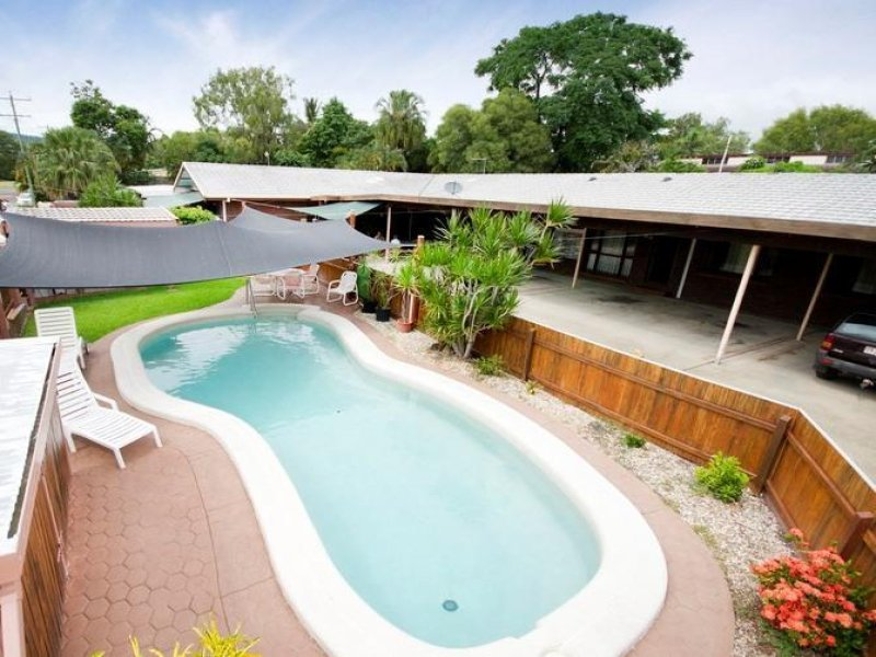 Address available on request, Holloways Beach, Qld 4878