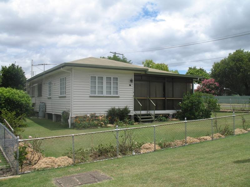 47 Clifton Street, Booval, Qld 4304