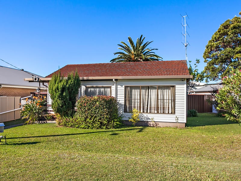 57 Edward Street, Barrack Heights, NSW 2528