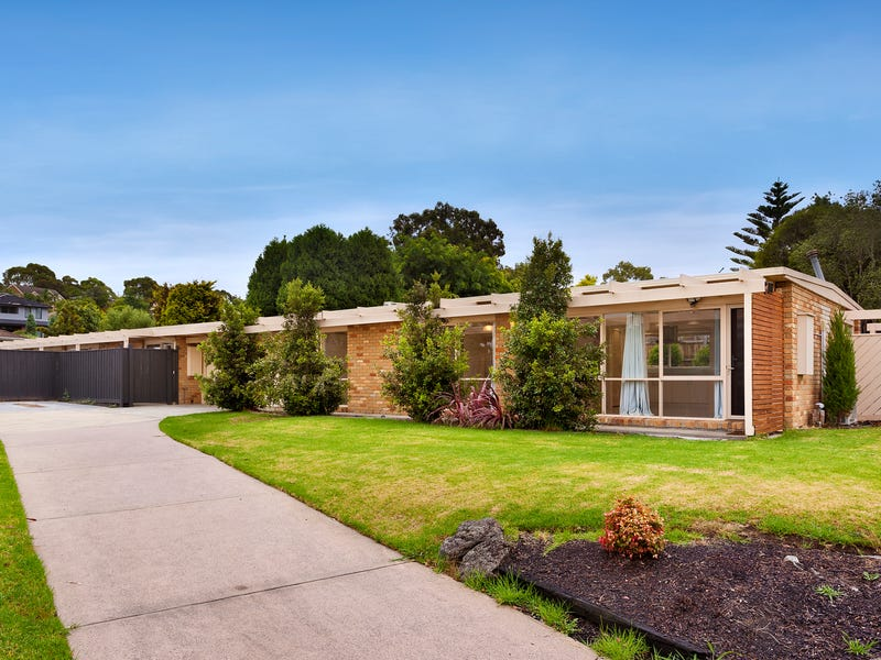 1/69 Whalley Drive, Wheelers Hill, Vic 3150