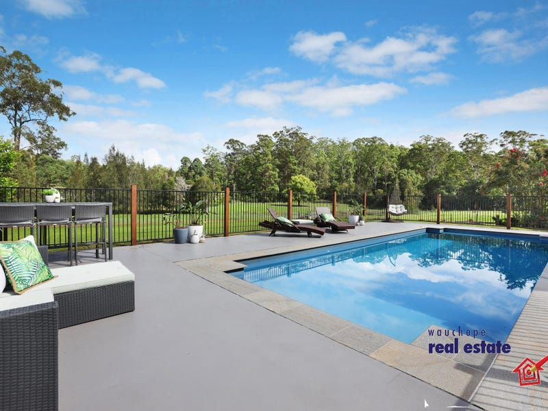 17 Pembrooke Village Road, Pembrooke, NSW 2446
