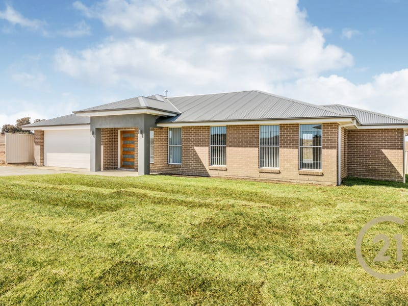 121 Graham Drive, Kelso, NSW 2795
