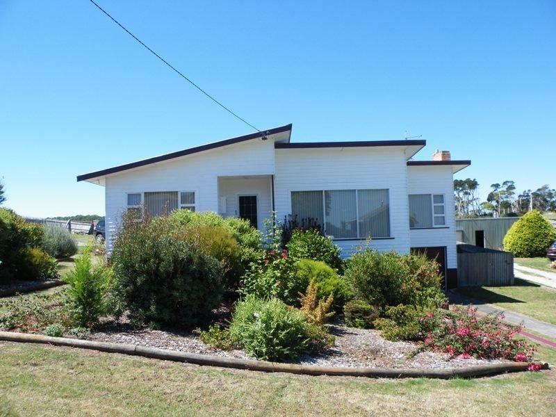 83 Massey Street, Smithton, Tas 7330