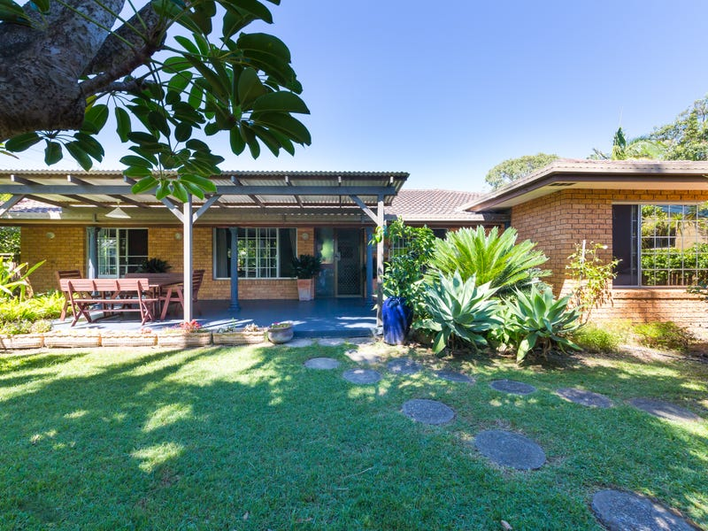 2 Bluff Road, Emerald Beach, NSW 2456