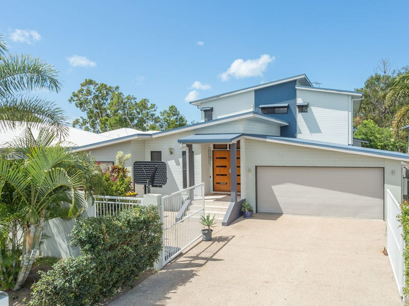 7 Walz Avenue, McEwens Beach, Qld 4740