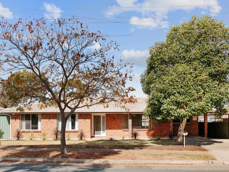 31 Lorraine Avenue, Para Vista, SA 5093