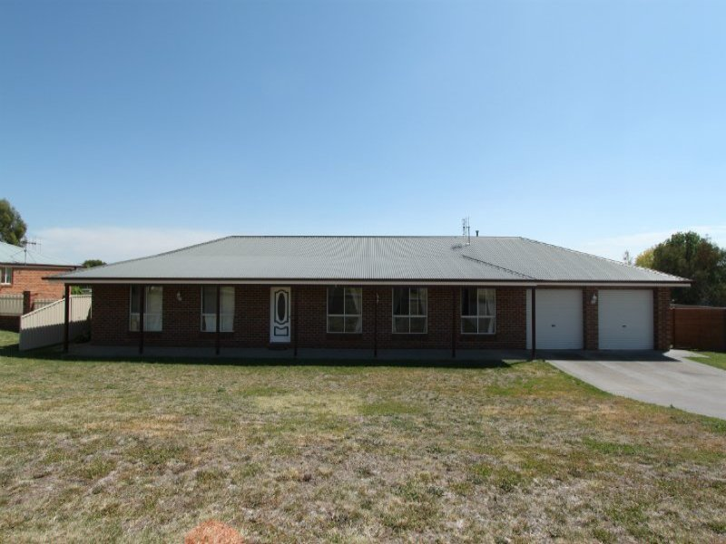 1 Howarth Close, Bathurst, NSW 2795