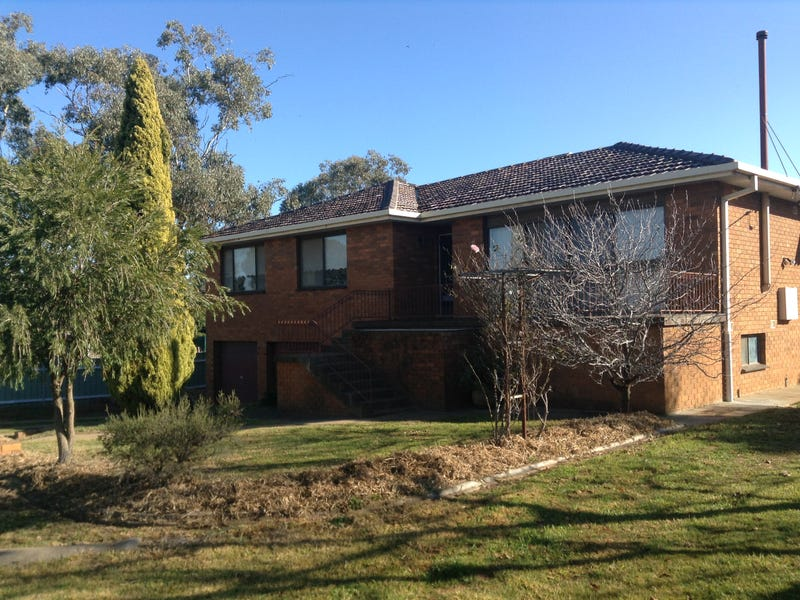 30 Dunrobin Street, Coolamon, NSW 2701