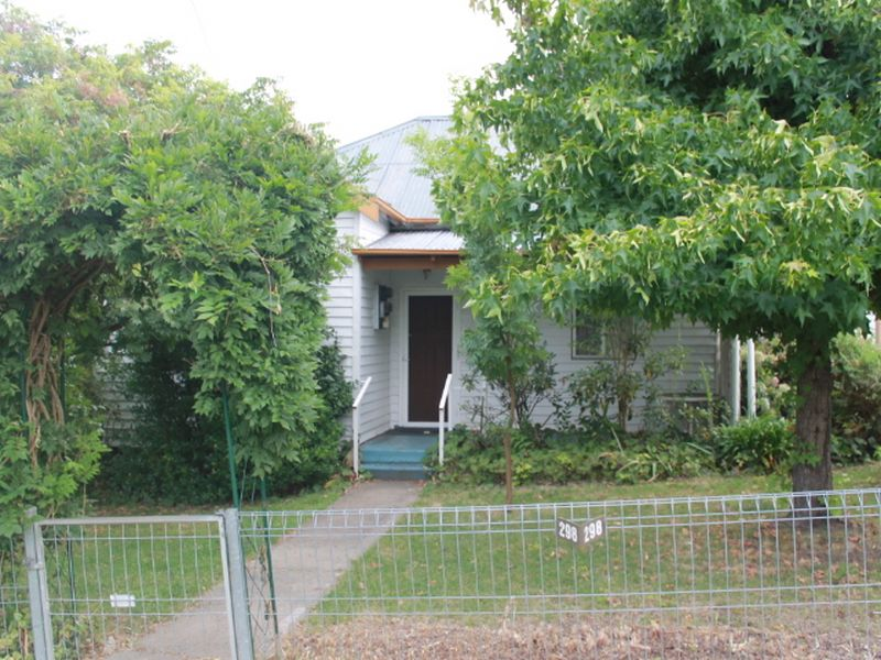 298 Bourke St, Glen Innes, NSW 2370