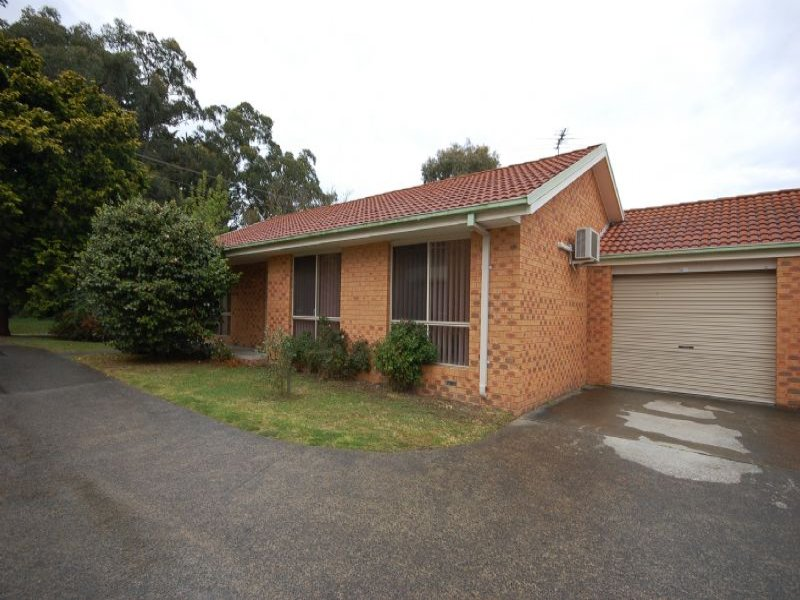 1/13 Hereford Road, Mount Evelyn, Vic 3796