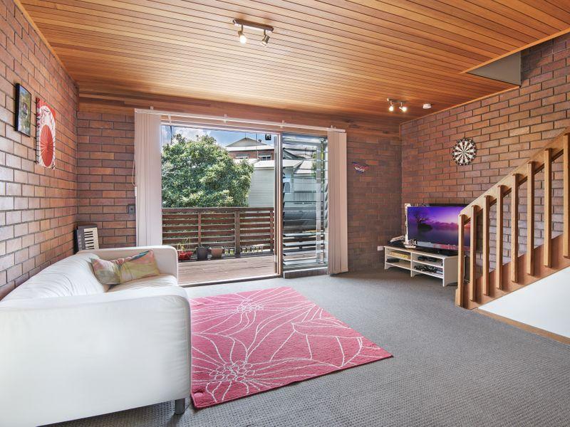 1/28 Bramston Terrace, Herston, Qld 4006