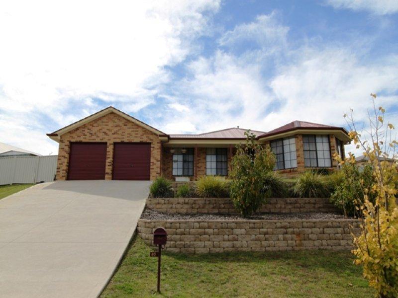 36 Lavelle Street, Bathurst, NSW 2795
