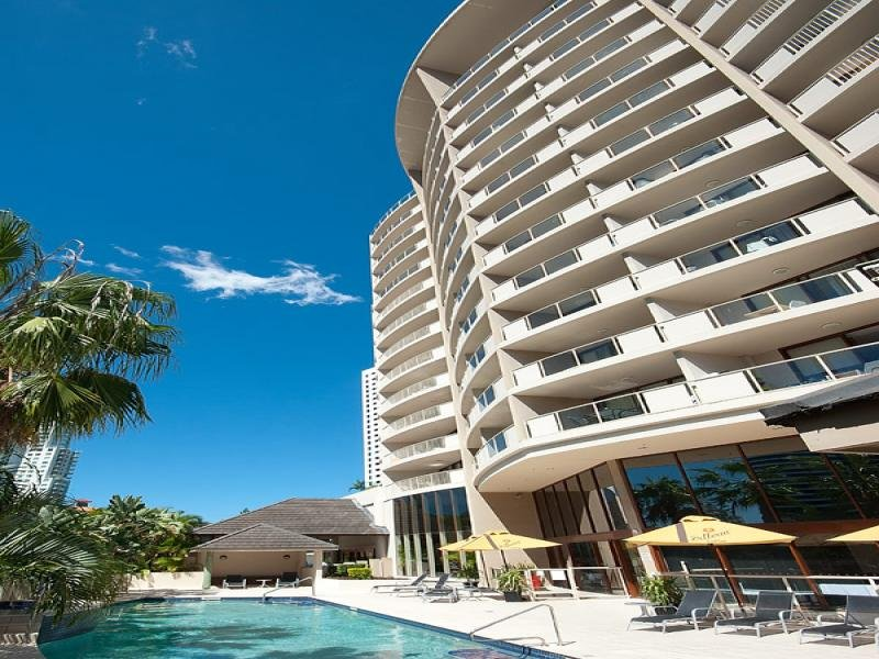 300/42 Surf Parade, Broadbeach, Qld 4218