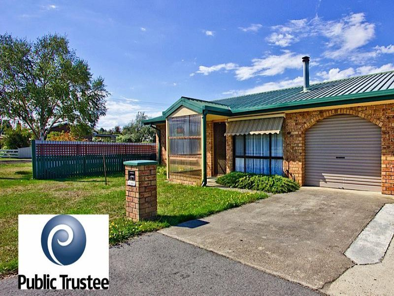 1/153 Fairtlough Street, Perth, Tas 7300