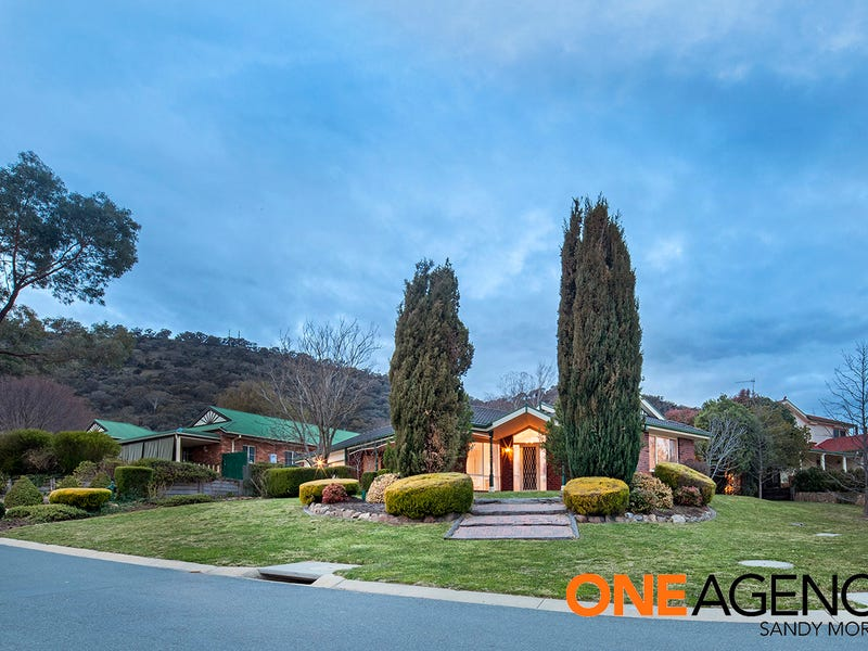 2 Russell Drysdale Crescent, Conder, ACT 2906