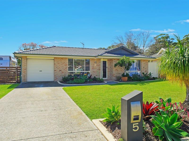 5 Callistemon Close, Port Macquarie, NSW 2444